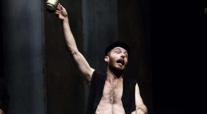 DRUGI ADUT FESTIVALA SVJETSKOG KAZALIŠTA Ovaj Shakespeare sa Sardinije izvanredna je kazališna umjetnina, ističe kazališni kritičar Jutarnjeg