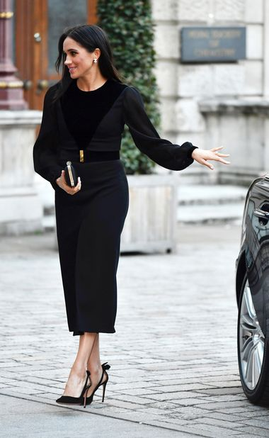 Britain's Meghan, The Duchess of Sussex, attends the opening of 'Oceania' at the Royal Academy of Arts in London, Britain, September 25, 2018. Picture taken September 25, 2018. Arthur Edwards/Pool via REUTERS - RC1D6894B2A0