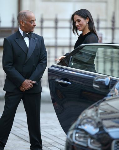 The Duchess of Sussex closes the door of the car she arrived in, as she is met by the Lord-Lieutenant of Greater London Sir Kenneth Olisa upon arriving at the opening of Oceania at the Royal Academy of Arts in London., Image: 388487098, License: Rights-managed, Restrictions: , Model Release: no, Credit line: Profimedia, Press Association