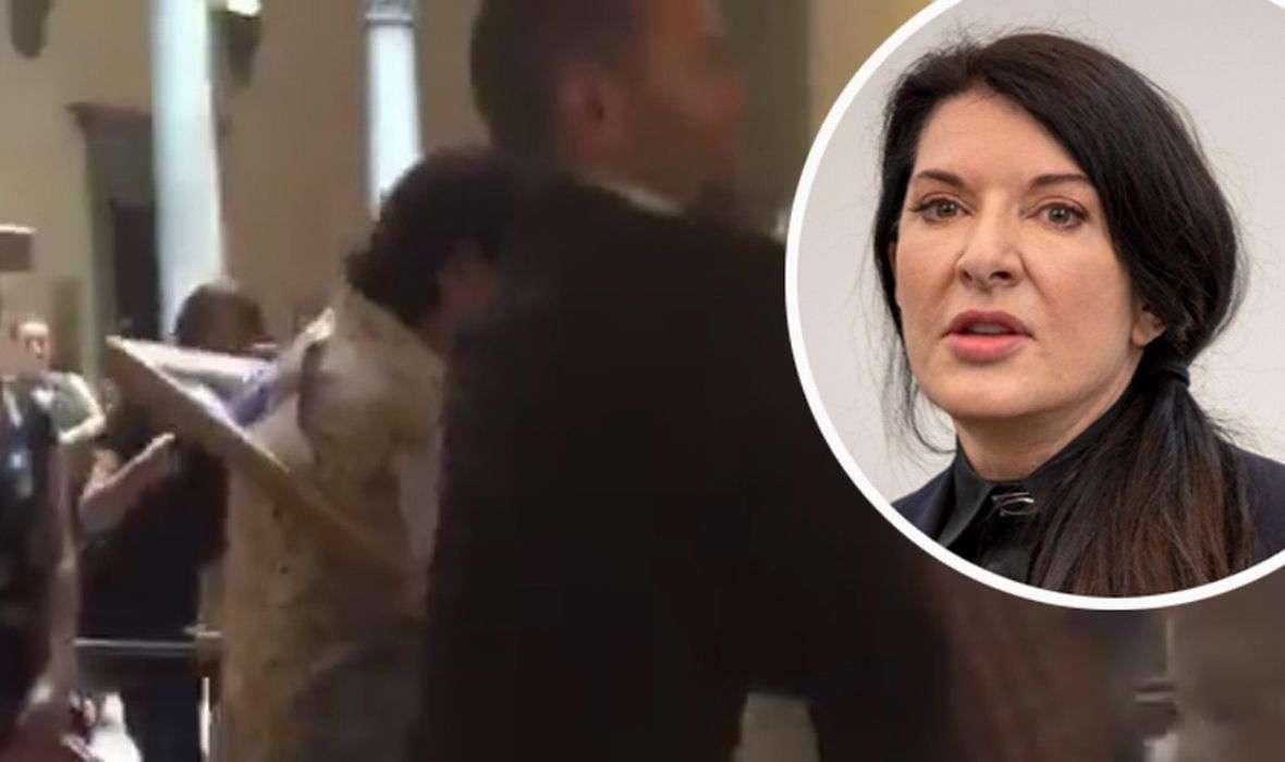 VIDEO: ŠOK NA IZLOŽBI Izgrednik napao svjetski poznatu umjetnicu Marinu Abramović! Udario ju je slikarskim platnom u glavu