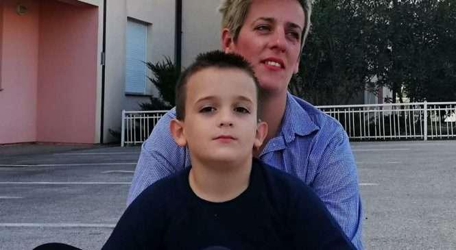 'MOJ SIN SE ZARAZIO I OSTAO GLUH' Opasna bakterija naselila se mladom Mati najvjerojatnije u nosu, potpuno zdravo dijete odjednom se borilo za život