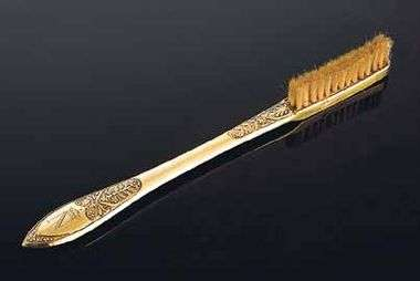 POSJETILI SMO MUZEJ S NEOBIČNOM KOLEKCIJOM Tu je sve, od Napoleonove četkice za zube, preko japanskih seksualnih pomagala, do pile za rezanje kostiju
