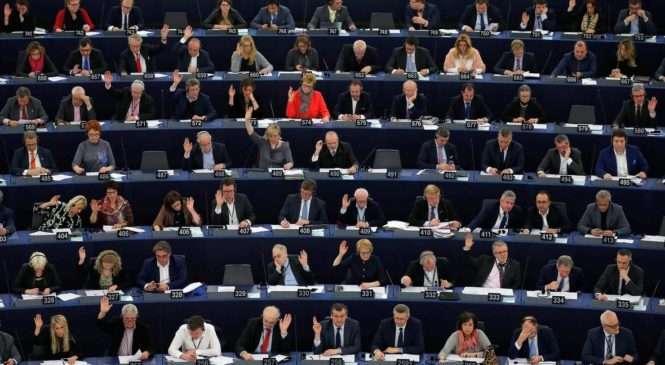U RASPRAVI EUROPSKOG PARLAMENTA O DESNOM EKSTREMIZMU SPOMENUTA I HRVATSKA Češki zastupnik EPP-a govorio o veličanju ustaškog pokreta