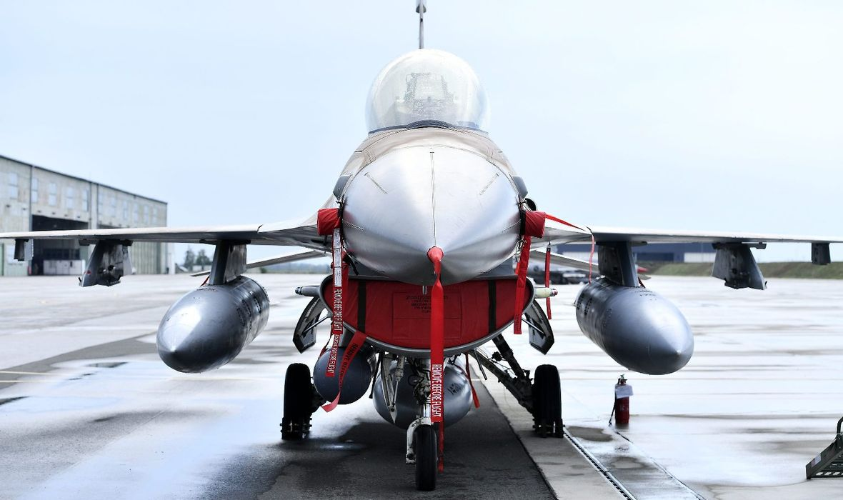 MORH REAGIRAO NA NAPISE O POVEĆANJU CIJENA BORBENIH AVIONA 'To su neistinite tvrdnje. Cijena F-16 Baraka je fiksna'