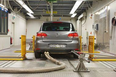 Getesteter VW Golf: Keine Einbußen bei Leistung und Verbrauch nach dem Softwareupdate. Weiterer Text über ots und www.presseportal.de/nr/7849 / Die Verwendung dieses Bildes ist für redaktionelle Zwecke honorarfrei. Veröffentlichung bitte unter Quellenangabe: