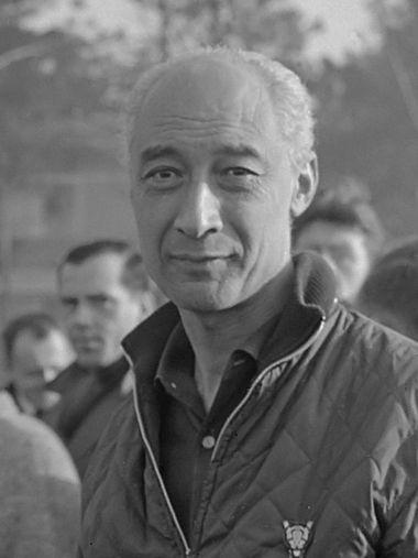 Rally de Monte Carlo , de Hollanders M. Gatsonides (r) en A. Ilsken bij controlepost *19 januari 1964