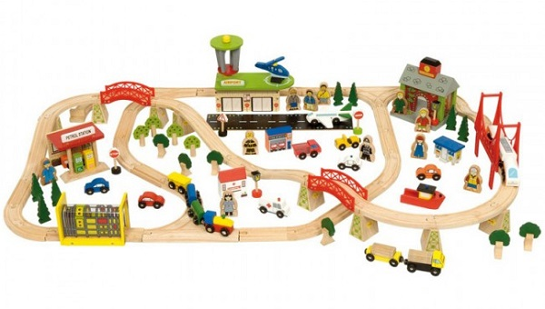 Drveni vlakovi su sigurna igračka
