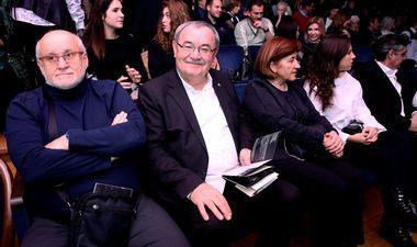 FOTO: POZNATI POHRLILI U GAVELLU Na premijernu izvedbu kultnih 'Glembajevih' došli Vladimir Šeks, Gordan Jandroković, Vinko Brešan…
