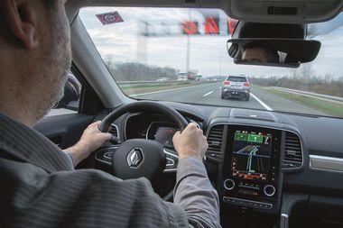 Zagreb, 241119 Ilustracie za temu o razmaku automobila na autocesti. Foto: Marko Miscevic / Cropix
