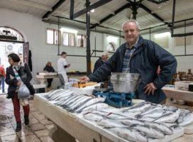 KRAJ TRADICIJE KOJA JE POSTALA SIMBOLOM SPLITA: Donesena je odluka da se riba više ne može prodavati na otvorenom dijelu peškarije!