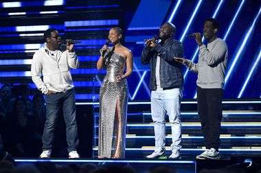 LOS ANGELES, CALIFORNIA - JANUARY 26: Alicia Keys (2nd from L) and Nathan Morris, Wanya Morris, and Shawn Stockman of Boyz II Men perform onstage during the 62nd Annual GRAMMY Awards at Staples Center on January 26, 2020 in Los Angeles, California. Kevork Djansezian/Getty Images/AFP == FOR NEWSPAPERS, INTERNET, TELCOS & TELEVISION USE ONLY ==