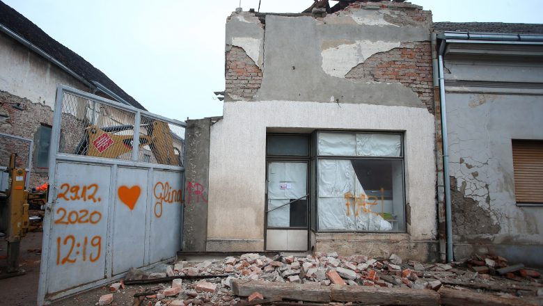 U Glini i H. Kostajnici zaprimaju se zahtjevi za obnovu